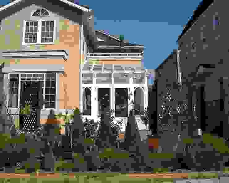 Conservatory オリジナルスタイルの 温室 の (株)ハウスオブポタリー オリジナル
