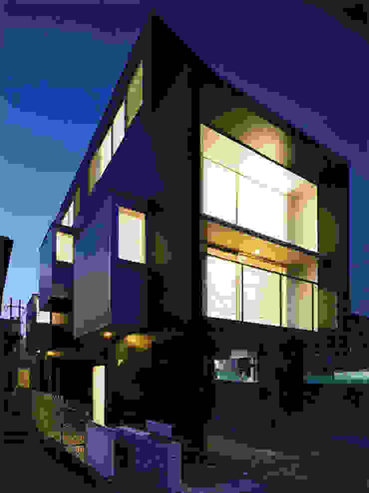 名次町の家 モダンな 家 の 大塚高史建築設計事務所 モダン