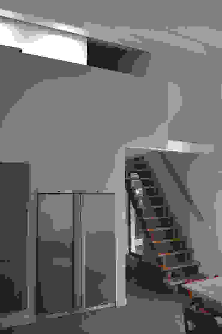 Woning te Tytsjerk Moderne eetkamers van Dorenbos Architekten bv Modern
