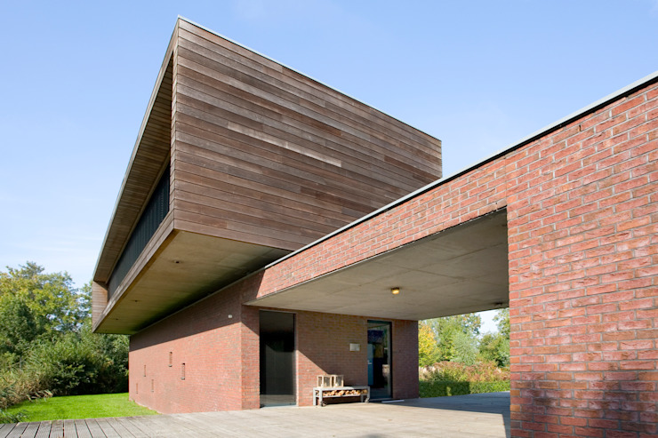 Modern Houses by Dorenbos Architekten bv Modern
