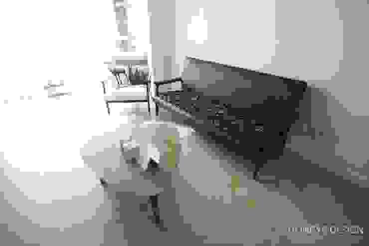 홍예디자인 Salas de estar modernas