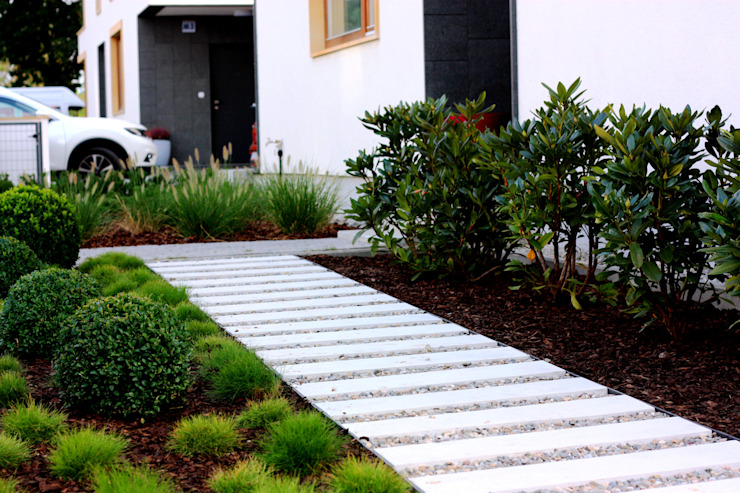 Ogród frontowy Klasyczny ogród od Miejskie Ziele Klasyczny