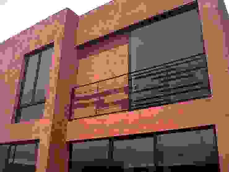 Privada 40 Balcones y terrazas minimalistas de Constructora e Inmobiliaria Catarsis Minimalista