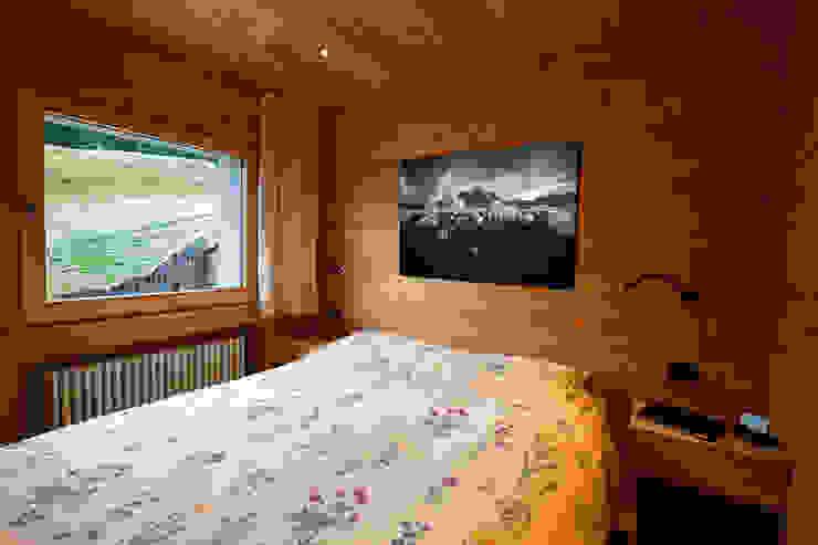H1740 BEARprogetti - Architetto Enrico Bellotti Camera da letto moderna