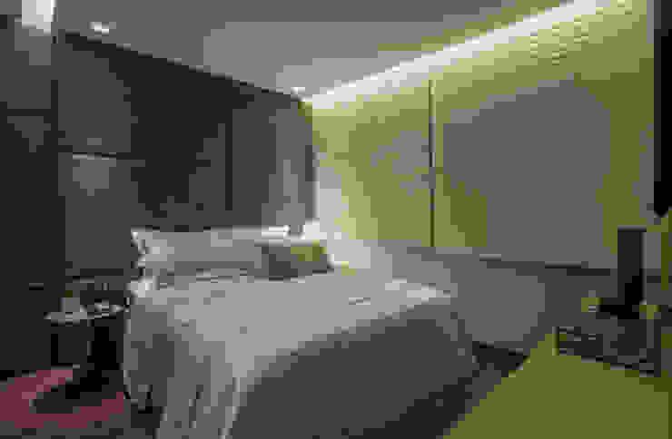 APTO DO JOVEM CASAL Quartos modernos por Nara Cunha Arquitetura e Interiores Moderno