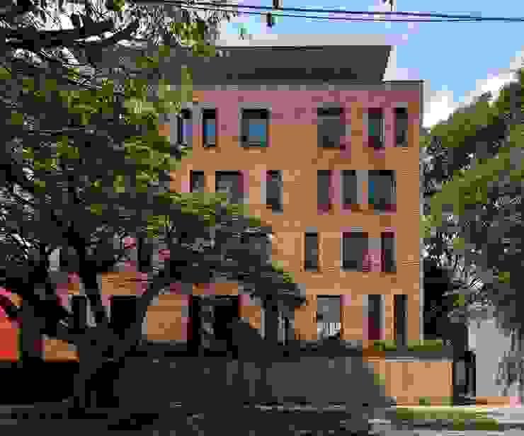 Casas de estilo industrial de Alvaro Moragrega / arquitecto Industrial