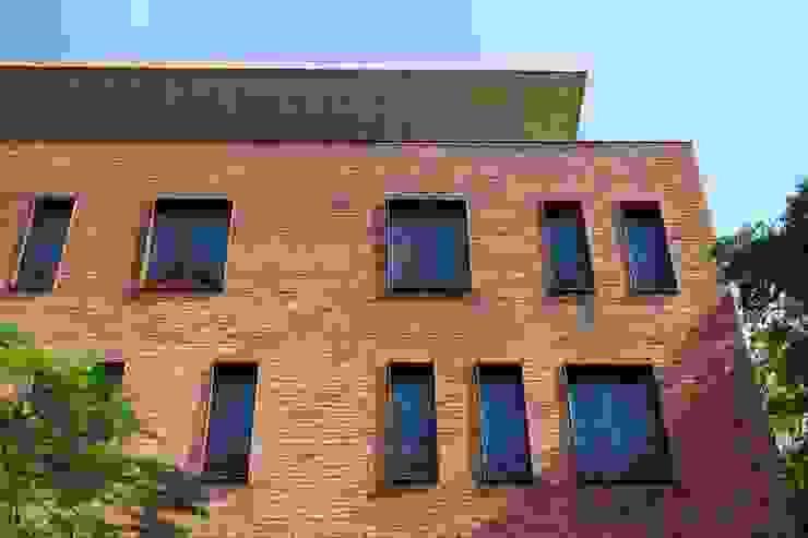 EGL 1916 Casas industriales de Alvaro Moragrega / arquitecto Industrial