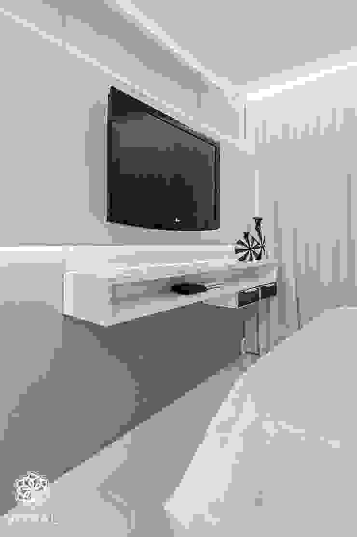 Apartamento C.A.A. Quartos modernos por VITRAL arquitetura . interiores . iluminação Moderno