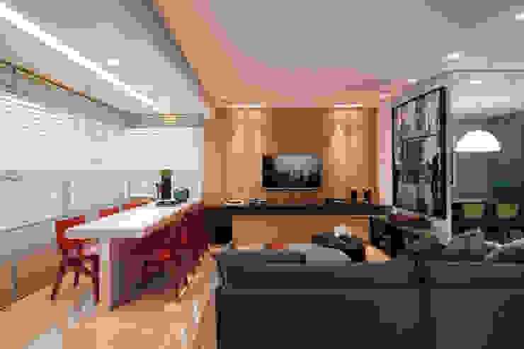 APTO DO JOVEM CASAL Salas multimídia modernas por Nara Cunha Arquitetura e Interiores Moderno