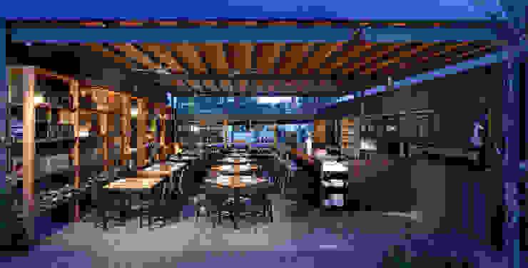 CON (tenedor) Gastronomía de estilo industrial de Alvaro Moragrega / arquitecto Industrial