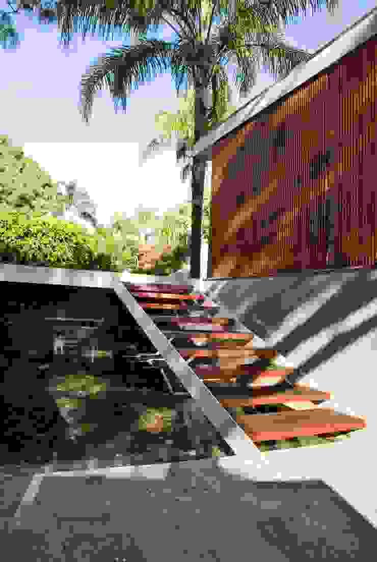 CASA RP Casas modernas de Alvaro Moragrega / arquitecto Moderno