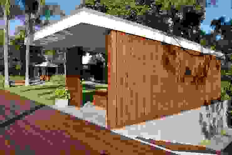 CASA RP Jardines modernos de Alvaro Moragrega / arquitecto Moderno