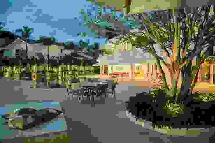 Casa – Praia de Tabatinga Piscinas modernas por Hurban Liv Arquitetura & Interiores Moderno
