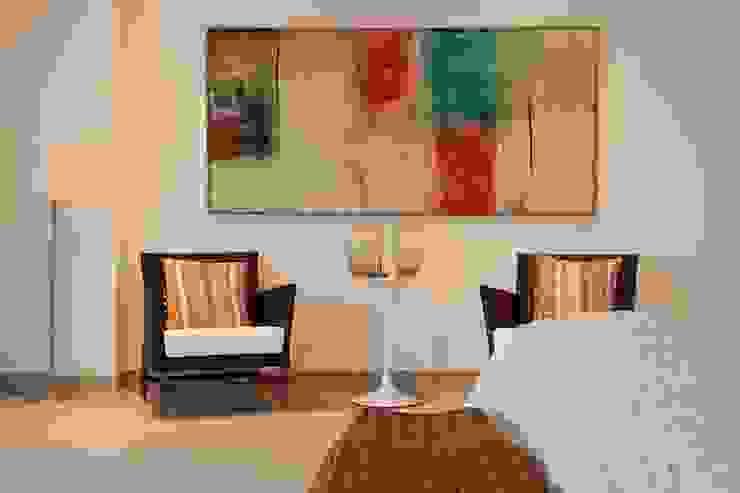 Quartos modernos por Hurban Liv Arquitetura & Interiores Moderno