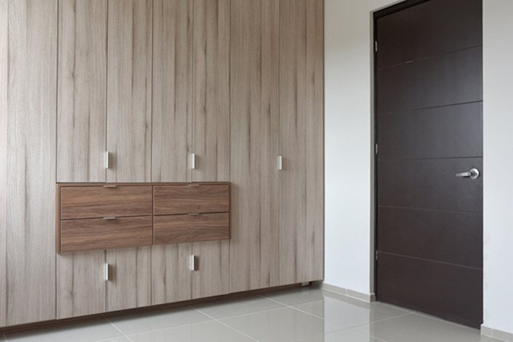 JF ARQUITECTOS Dressing roomWardrobes & drawers