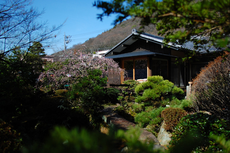 岩田坂の増築 日本家屋・アジアの家 の ELEPHANTdesign 和風
