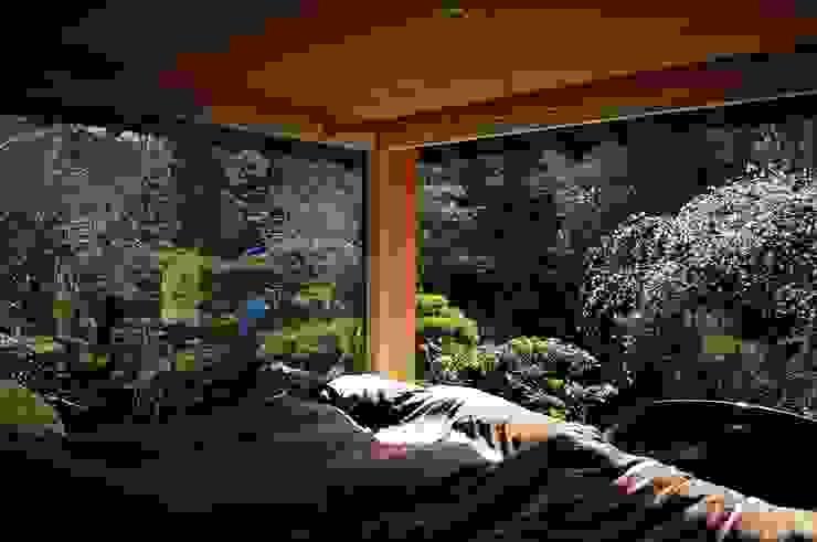 岩田坂の増築 和風の 寝室 の ELEPHANTdesign 和風