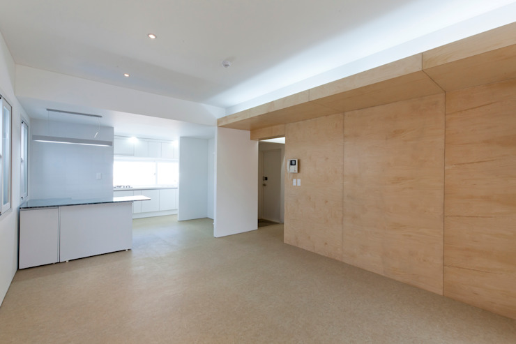 Salon moderne par 스마트건축사사무소 Moderne