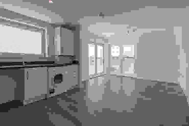 Miller Homes UK Pergo Modern living room