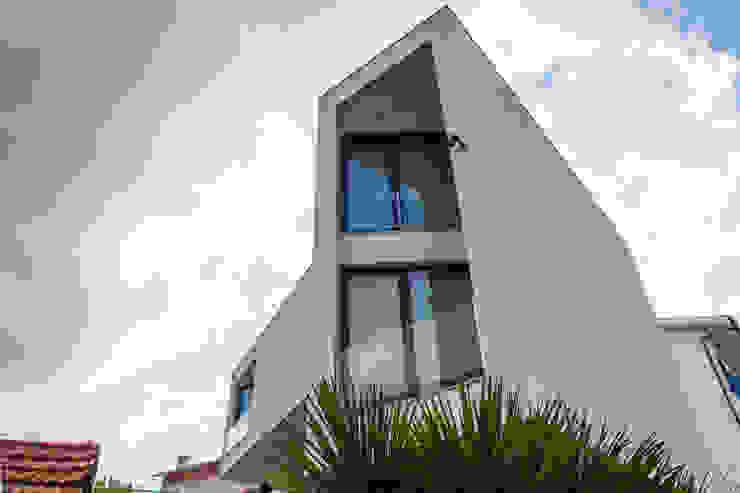 Casas modernas de AreA7 Moderno