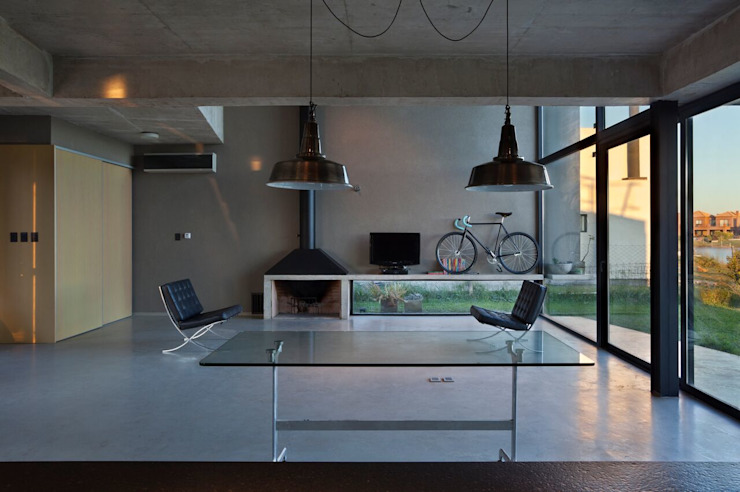 Casa en San Marco Livings modernos: Ideas, imágenes y decoración de Ruben Valdemarin Arquitecto Moderno