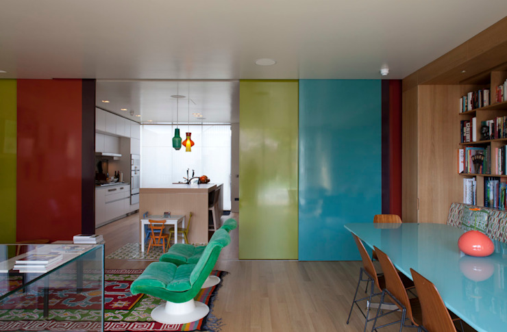 Sliding doors by Viewport Studio, Modern
