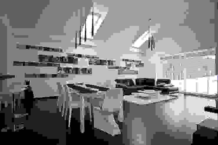 Wnętrza domu jednorodzinnego, Bielsko-Biała Nowoczesny salon od modero architekci Nowoczesny