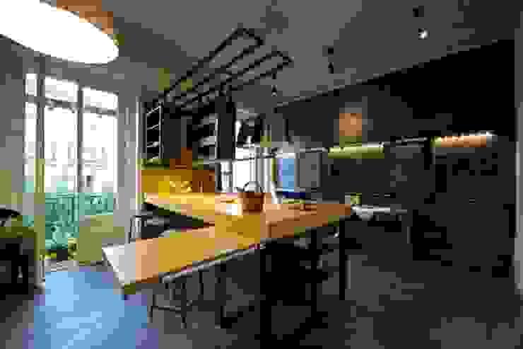 مطبخ تنفيذ  Simona Garufi, صناعي