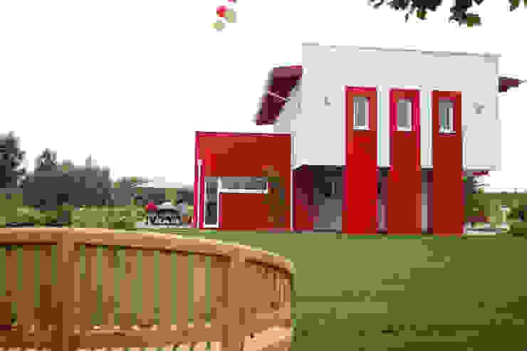 Maisons modernes par ELK Fertighaus GmbH Moderne