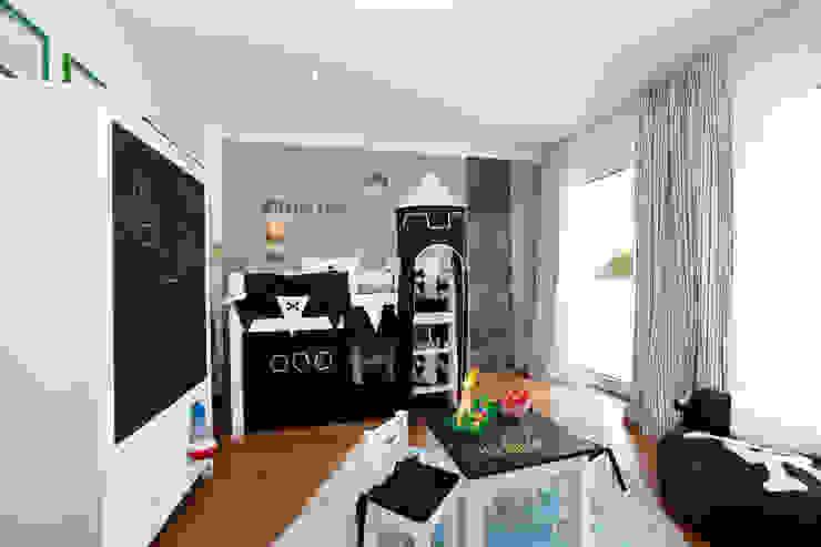 Modern nursery/kids room by ELK Fertighaus GmbH Modern
