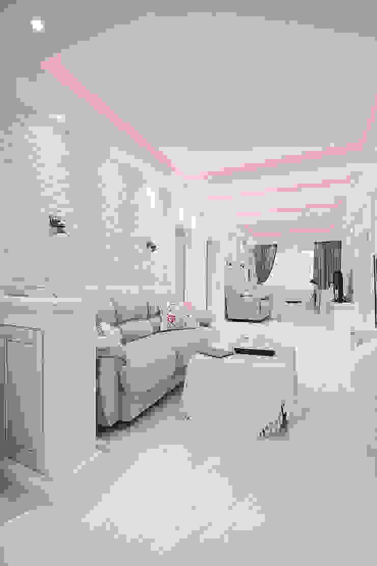 Квартира на Войковской Pakers Гостиная в стиле кантри от ДизайновТочкаРу Кантри