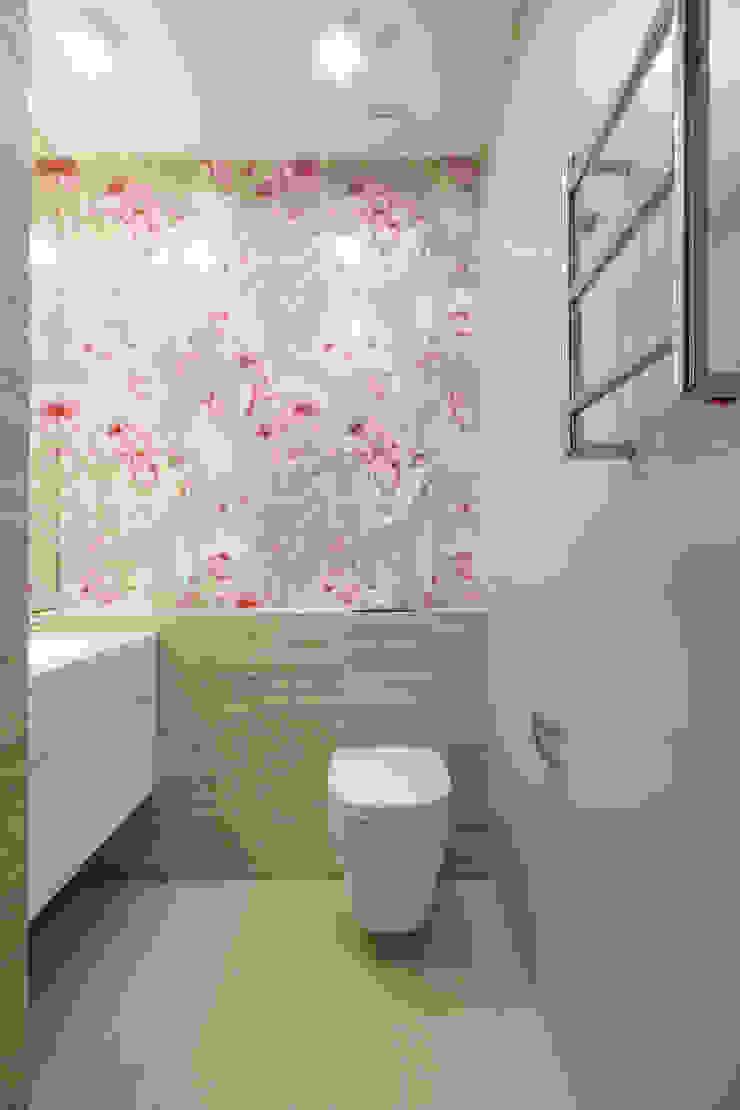 Квартира в ЖК Дубровская Слобода Ванная комната в стиле минимализм от ДизайновТочкаРу Минимализм