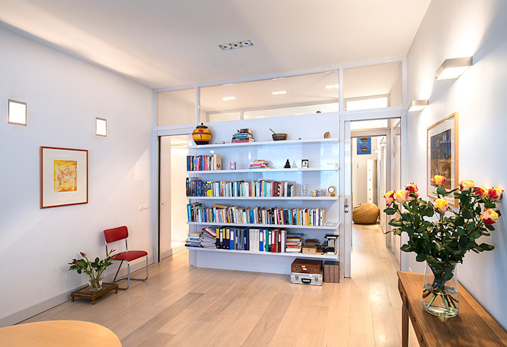 Living room by De Werff Architectuur,