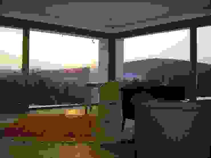 Bild 12 Wohnzimmer im Landhausstil von baldassion architektur Landhaus