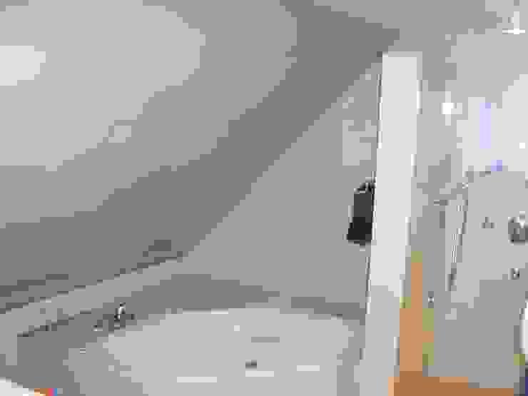 Bild 14 Moderne Badezimmer von baldassion architektur Modern