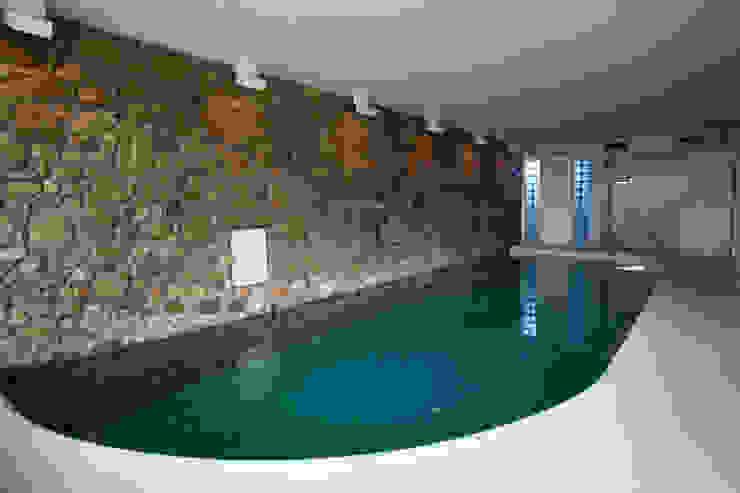 Piscinas de estilo mediterráneo de DF Design Mediterráneo