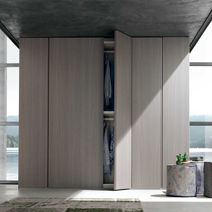 'Step' hinged door wardrobe by Maronese homify BedroomWardrobes & closets