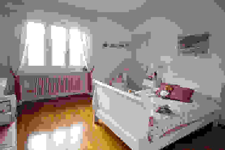Habitaciones de estilo mediterráneo de DF Design Mediterráneo