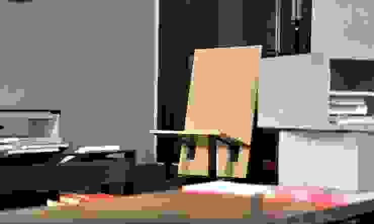 Chiavi di lettura - installation in hotel Vincci Soho Madrid:  de estilo industrial de  Simona Garufi, Industrial