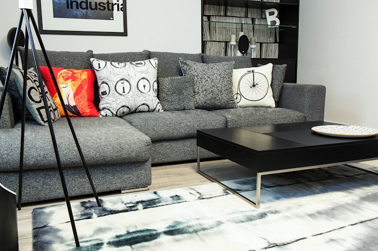 Диван в гостиной от Nika Loiko Design Минимализм