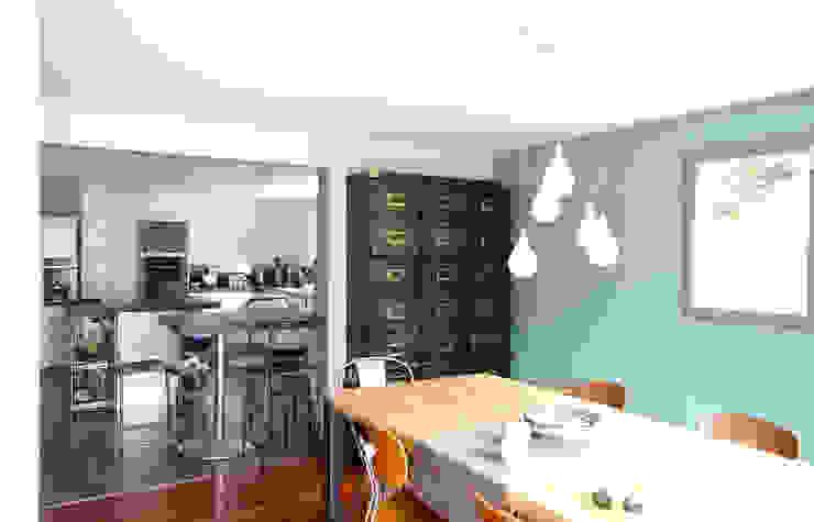 Cozinhas modernas por ATELIER FB Moderno