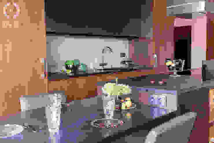 Penthouse Wilanów Nowoczesna kuchnia od Chałupko Design Nowoczesny