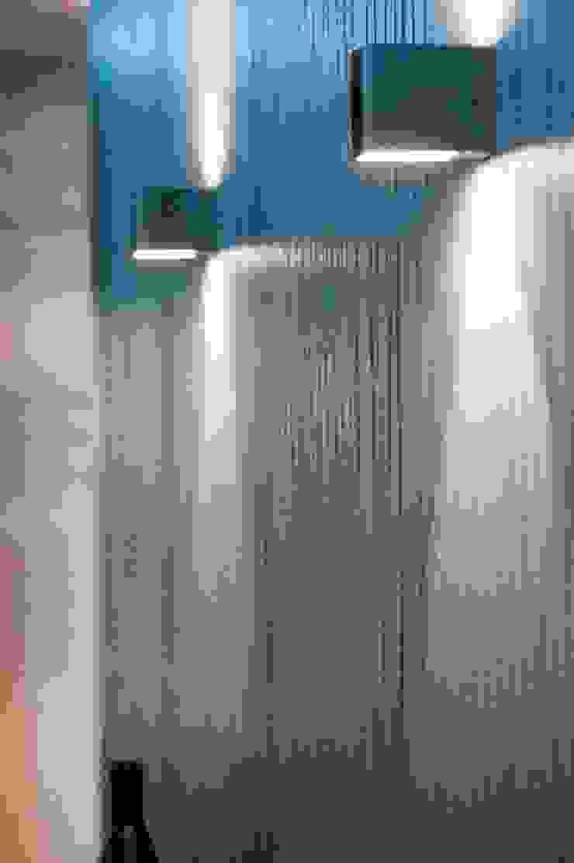 Penthouse Wilanów Nowoczesny korytarz, przedpokój i schody od Chałupko Design Nowoczesny