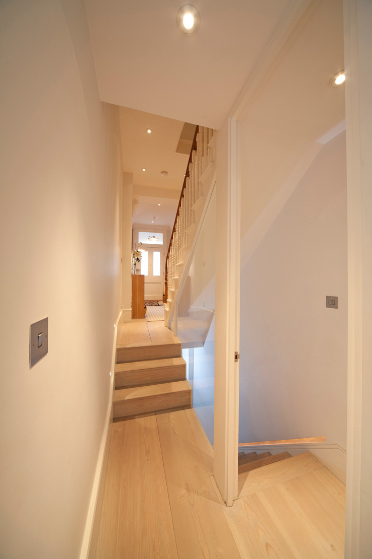 Stairs to Basement Scandinavian style corridor, hallway& stairs by Gullaksen Architects Scandinavian