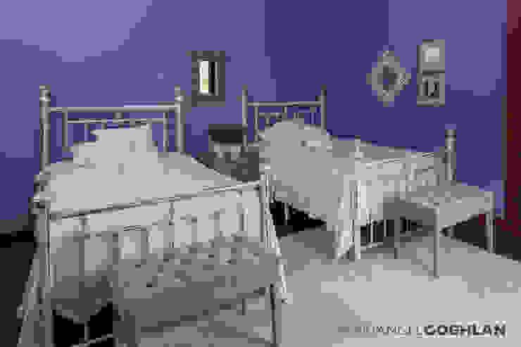 Recámara para niñas Dormitorios infantiles modernos: de MARIANGEL COGHLAN Moderno