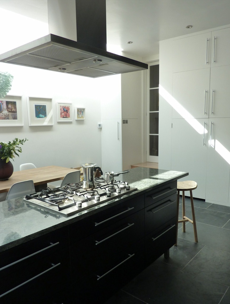 Rear Extension Kitchen by Gullaksen Architects Сучасний