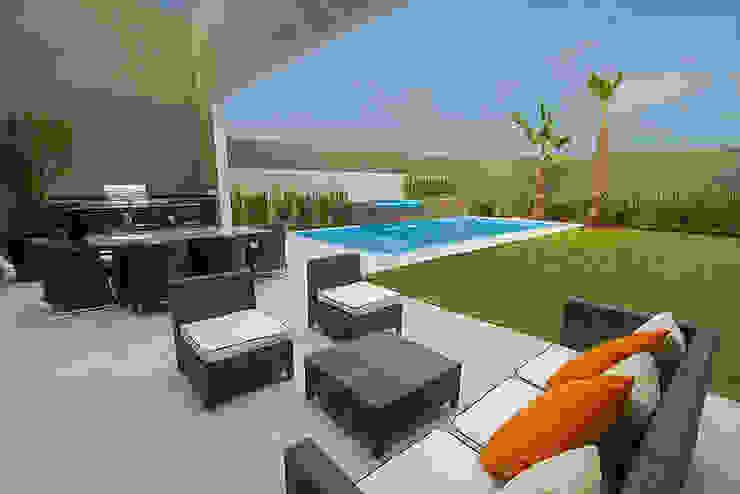 Balcon, Veranda & Terrasse modernes par Rousseau Arquitectos Moderne