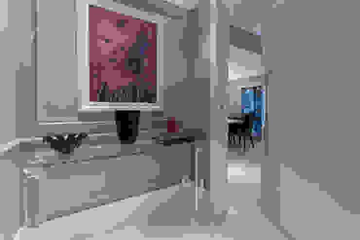 Apartamento P|B Corredores, halls e escadas modernos por Lodo Barana Arquitetura e Interiores Moderno