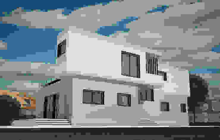 Индивидуальный жилой дом Дома в стиле минимализм от LGorshkaleva Минимализм