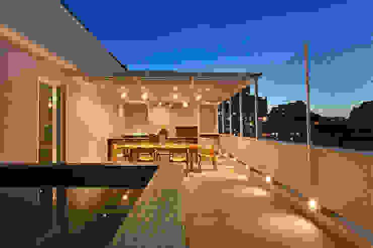 Cobertura Almirante Guillobel Varandas, alpendres e terraços modernos por Cerejeira Agência de Arquitetura Moderno